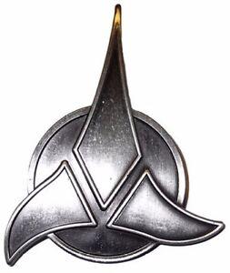 star trek series the next generation silver klingon symbol pin