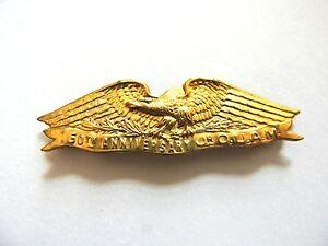 Vintage-1903-Classic-034-Jr-O-U-A-M-034-Gold-Eagle-Pin-50th-Anniversary