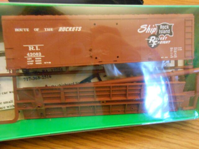 HO TRAIN BOWSER ENGLISH MODEL RR SUPPLY 40' BOXCAR KIT ROCK ISLAND RI MINT!