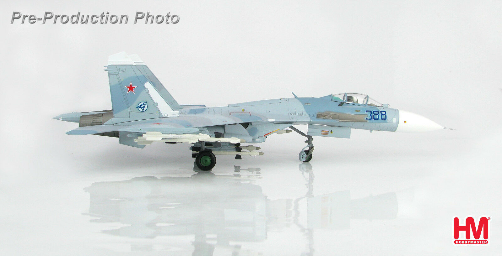 Hobby Master HA6003 1/72 Su-27 Flanker Flanker B B388, Paris le Bourget