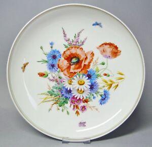 G2714-Meissen-Schale-mit-einem-Bukett-aus-Wiesenblumen-bemalt-D-27-cm