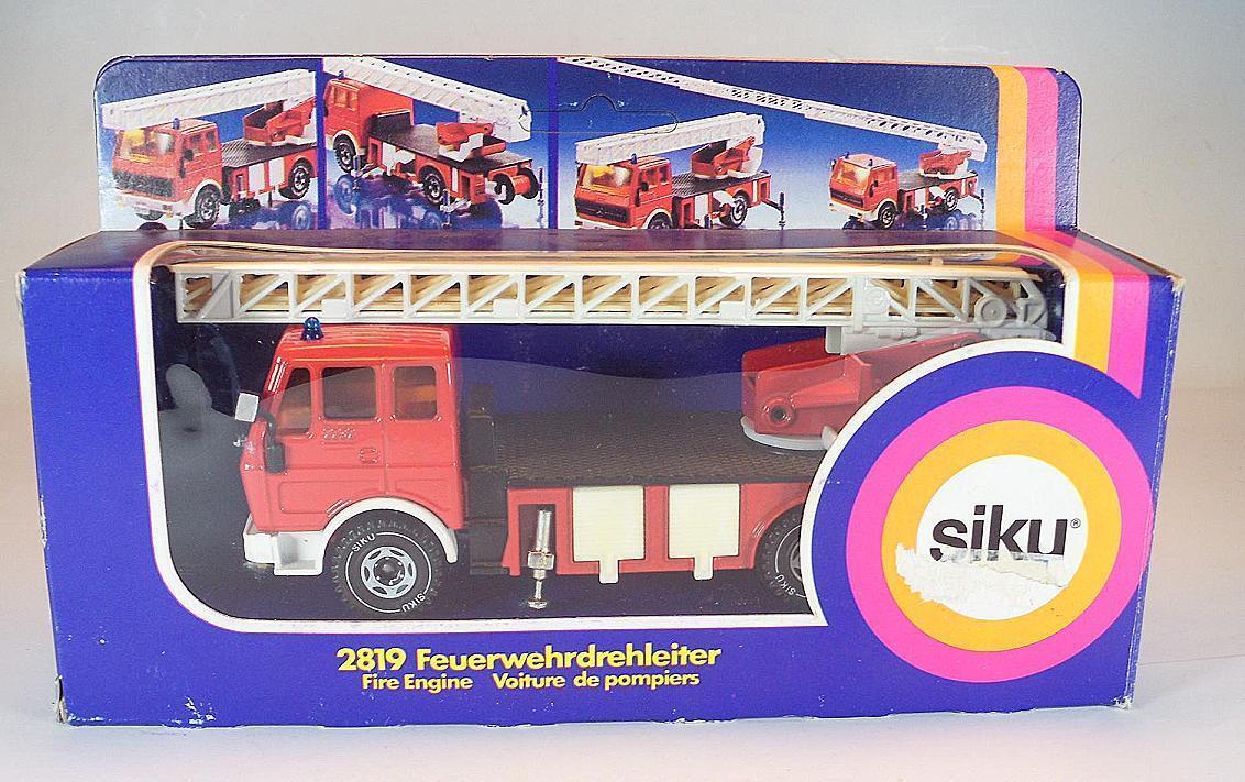 Siku 2819 Mercedes Benz Feuerwehr Leiterwagen in OVP