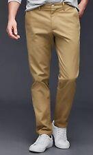 NWT GAP Men's Khaki Skinny Fit Low Rise Chino Pant Size 33x32 Cream Caramel. $60