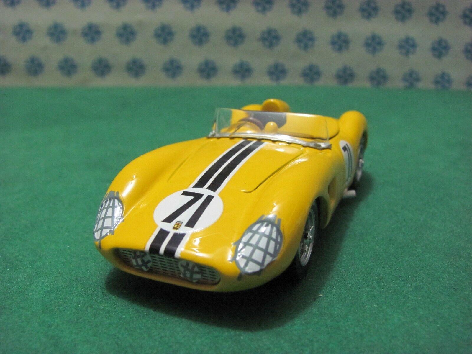Ferrari 500 Wireless 2000cc. Spyder   Sebring 1958   - 1 43 Art Model 318