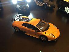 Bburago Lamborghini Murcielago LP 670-4 SV 1/24 scale diecast model Yellow B302