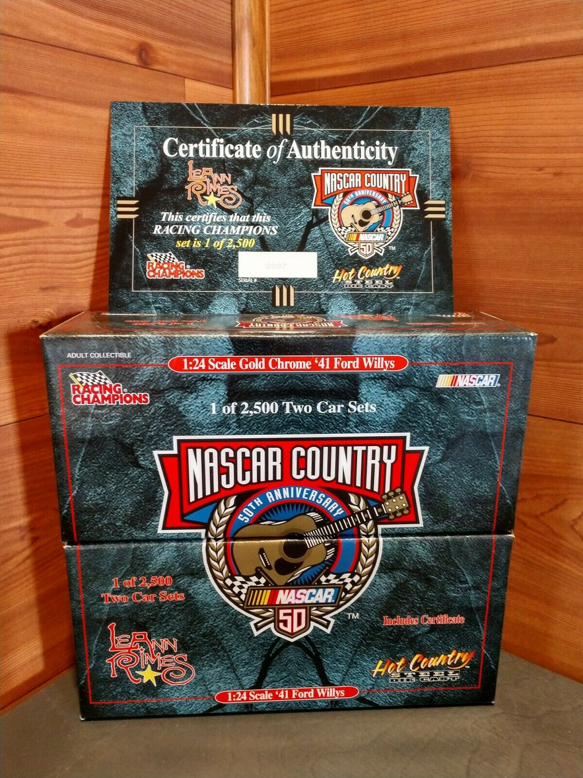 1 NEW RACING CHAMPIONS HOT COUNTRY STEEL LEANN RIMES '41 FORD WILLYS 2 CAR SET