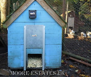 Automatic-Chicken-Door-POP-hole-opener-House-Hen-Coop-Poultry-Ark-Pullet-Rails
