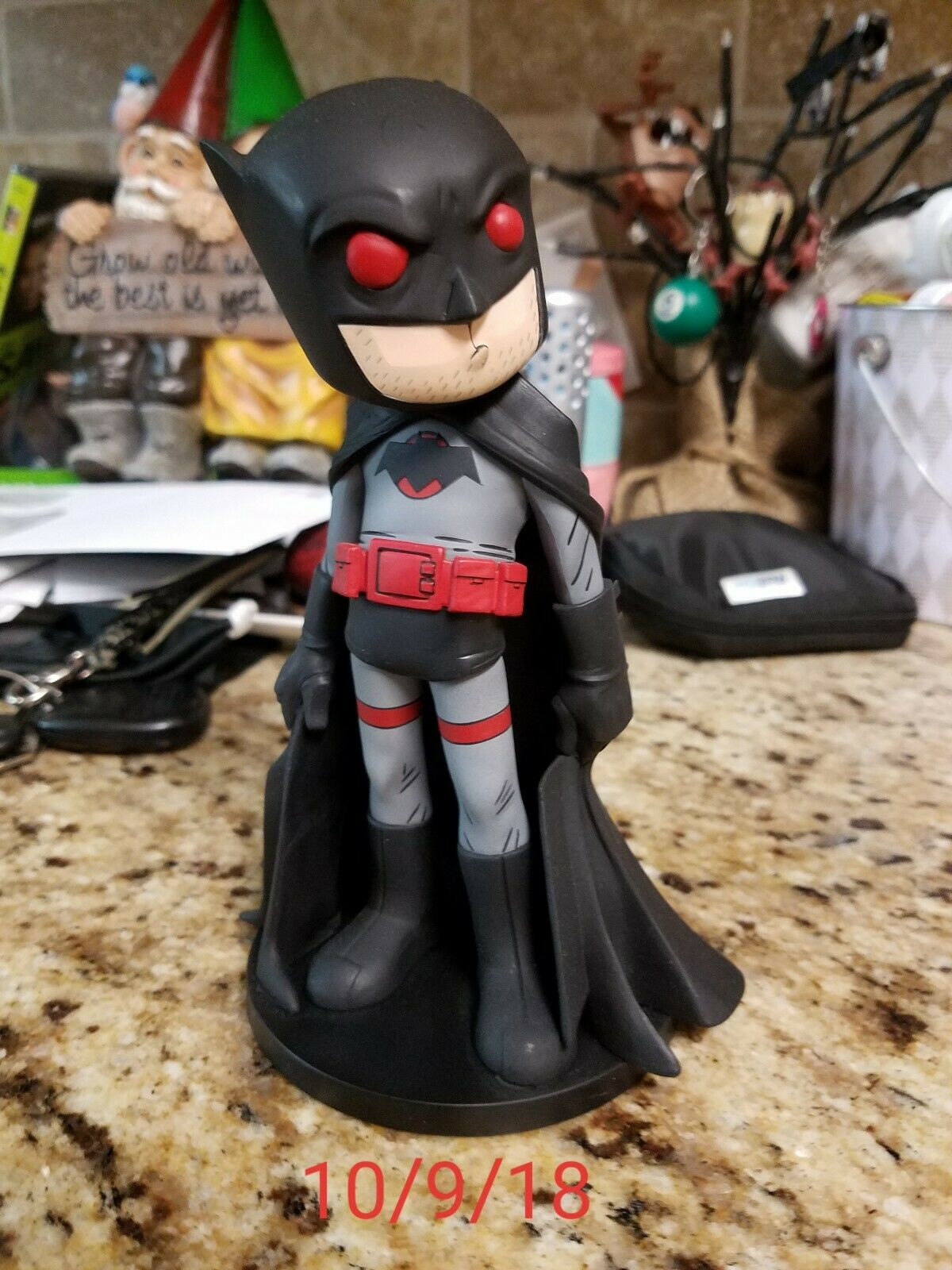 SDCC 2018 EE Exclusive DC Flashpoint Batman Statue Signed by Chris Uminga LE