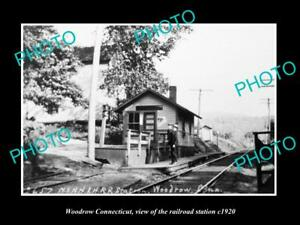 OLD-LARGE-HISTORIC-PHOTO-OF-WOODROW-CONNECTICUT-THE-RAILROAD-DEPOT-c1920