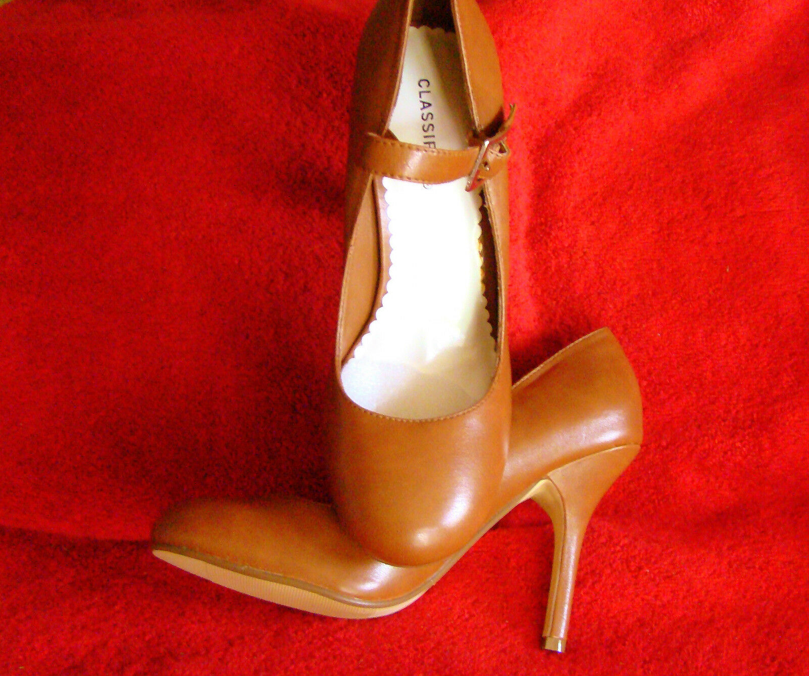 SEXY CLASSIFIED TAN MARY JANES 4  BABY DOLL STILETTO HEEL SHOES  SIZE 7   NIB
