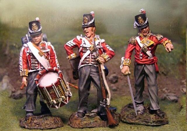 COLLECTORS SHOWCASE NAPOLEONIC BRITISH ROYAL ARTILLERY SET MIB