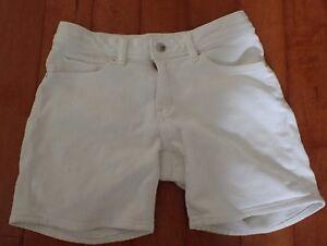 Girls-White-Denim-Jean-Style-Shorts-by-Uniqlo-Size-11