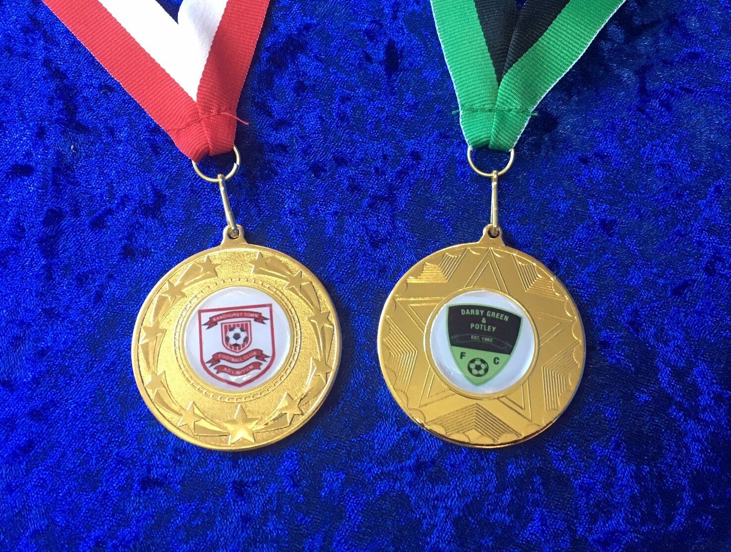 100 X Personalizados De Fútbol medallas del torneo de gran calidad en cinta comprar a granel