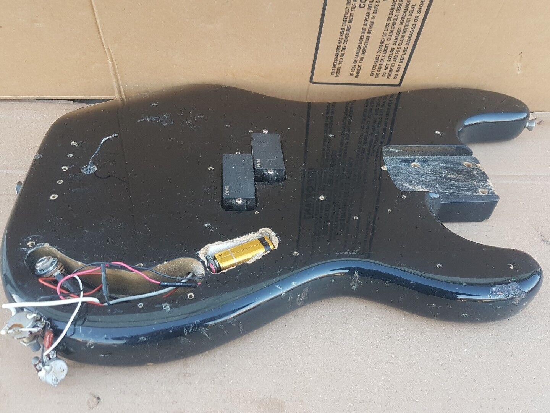 1984 Squier By Fender Precision Bass body-Made in in in Japan  hasta un 50% de descuento