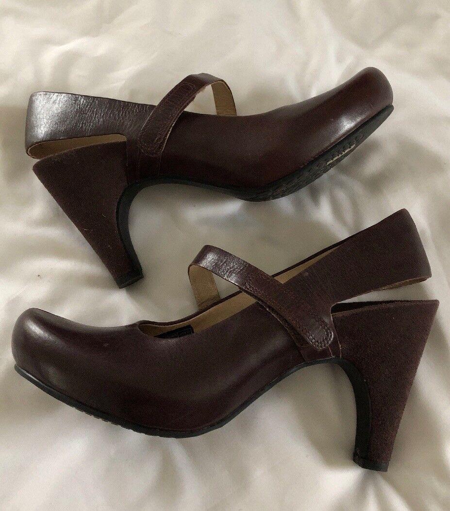 Tsubo Acrea Mary Jane Pump Brown Leather Hidden Platform Heel Womens shoes Sz 8