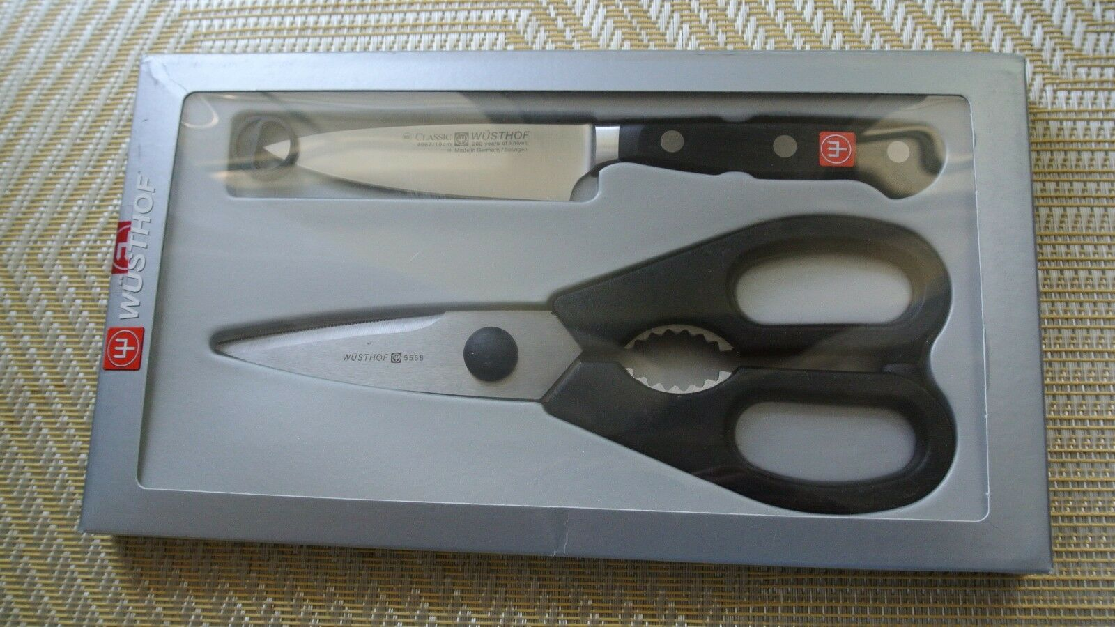 Wusthof new   2pc paring and shear set  item 8958 in box solingen germany