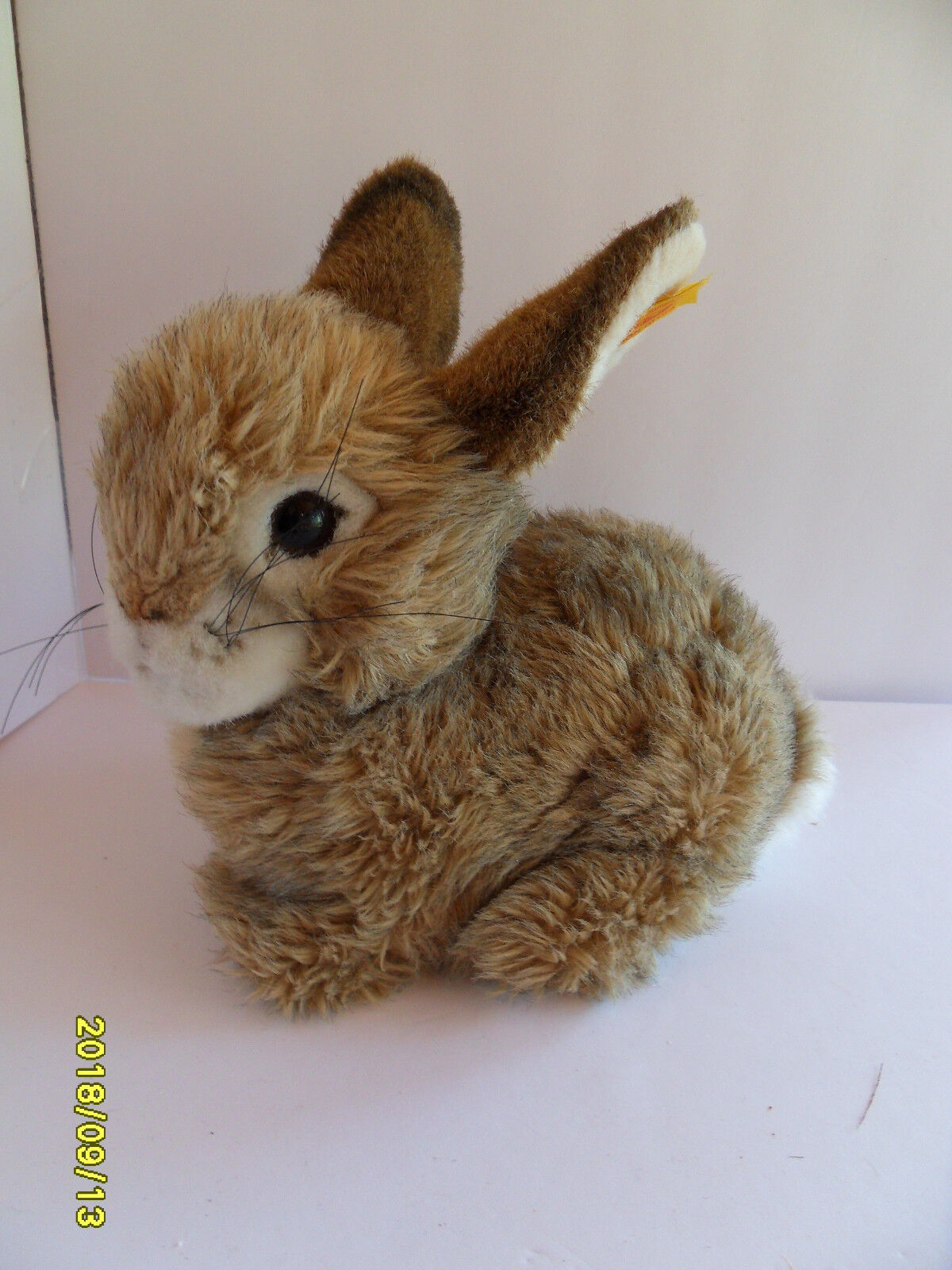 Steiff rabbit large  button flag stuffed animal made in Germany 2599