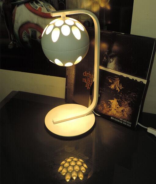 CLA Lighting JEDI3    LED Round Ball Modern Table Light   Sand Weiß   Sale 75%