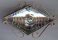 VICTORIAN ANTIQUE BRASS DIAMOND GLASS EYEBALL SHAPE PIN