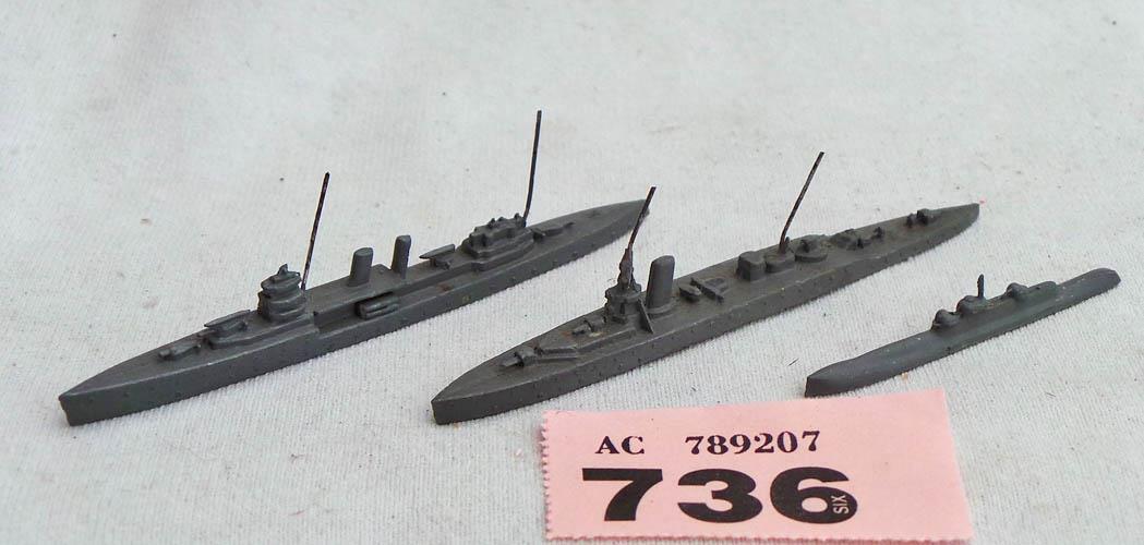 PP736 Pre-war Dinky ships, Effingham, submarine and H.M.S. York