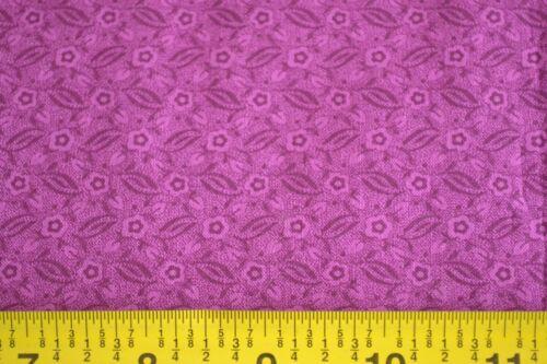 "22/"" Long C2593 Purple Calico on Purple Quilting Cotton"