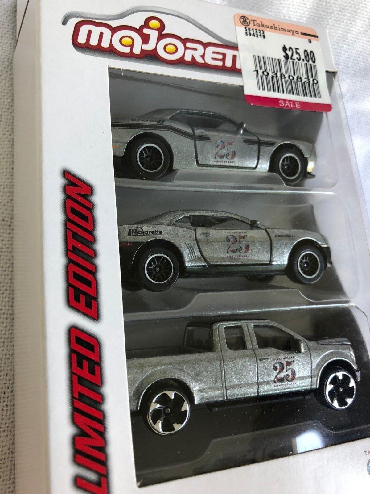 Majorette Takashimaya 25 anniversarry Edición limitada conjunto de 3 modelo de coche