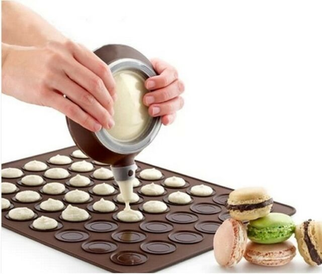 1 Set Silicone Pastry Macaron Baking Mould Sheet Mat +Decorating Pen +3 Nozzles