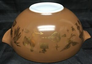 VTG-Pyrex-Brown-Gold-Early-American-Print-Mixing-Bowl-Ovenware-4-Quart-444