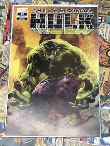 IMMORTAL-HULK-19-DEODATO-Very-Limited-Trade-Dress-Variant-in-HAND-NM