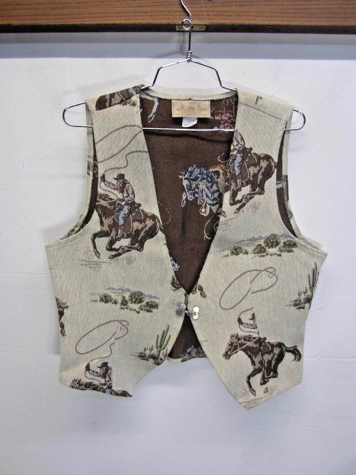 EUC  New Frontier Western Art Vest Cowboy print polycotton sz L made in USA