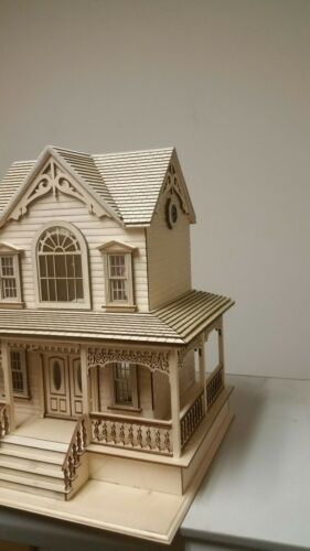 Little Briana Country Victrorian Cottage 1:24 Scale Dollhouse with shingles