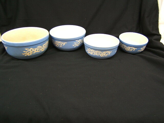 Lot of 4 Vintage Cameoware Nesting Mixing Bowls Harker Pottery USA
