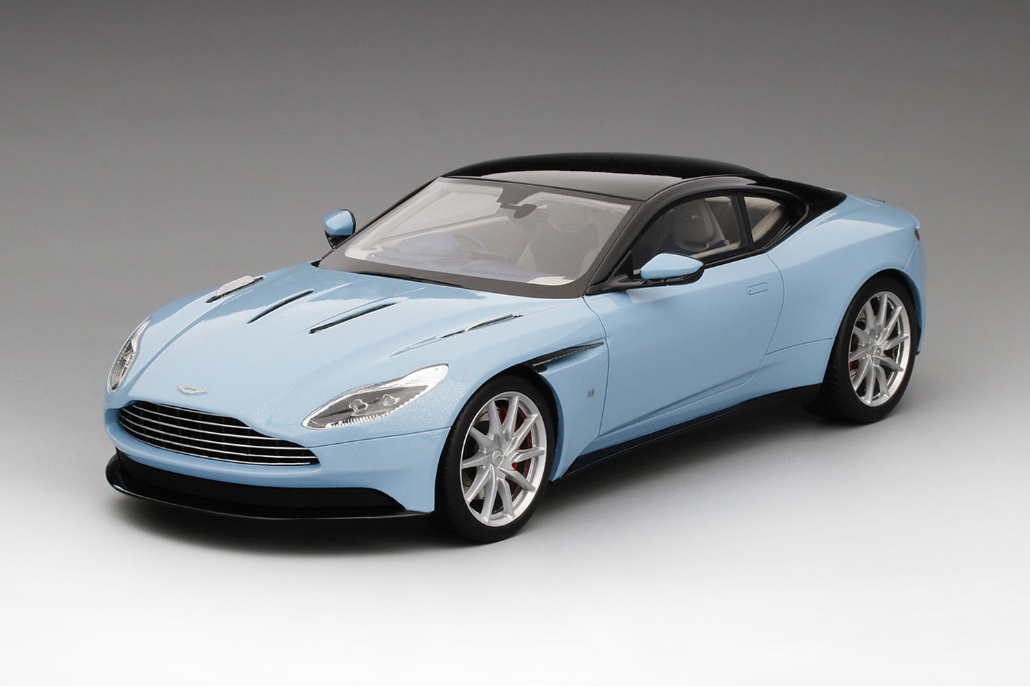 Top Speed Aston Martin DB11 Frosted Glass bluee 1 18 TS0022 New Item NICE