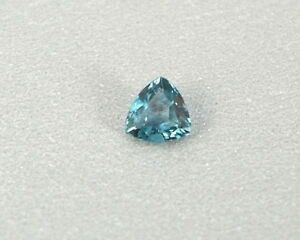 Grandidierit-Grandidierite-0-18-ct-transparent-Gem-Madagaskar-koxgems