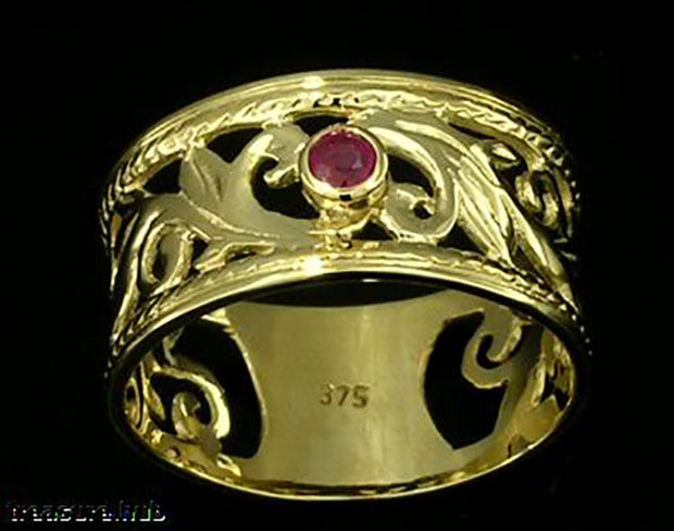 R001- Gorgeous WIDE Genuine 9ct SOLID gold NATURAL RUBY Filigree Ring size P