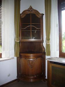Schrank vitrine eckvitrine eckschrank alt antik anrichte for Vitrine alt