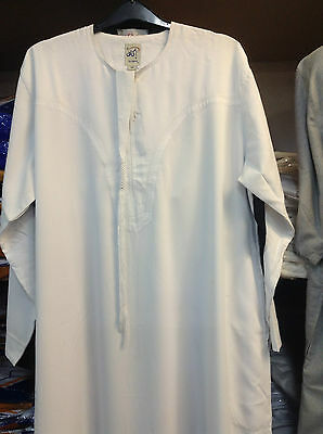 Ikaf Men's Imarati White & Black Thobe Thawb Long Jubba Islamic Dress 50- 60