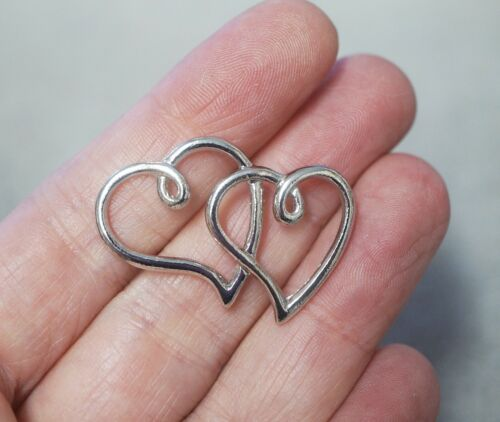 34mm 2 Metal Antique Silver Double Heart Charms//Pendants