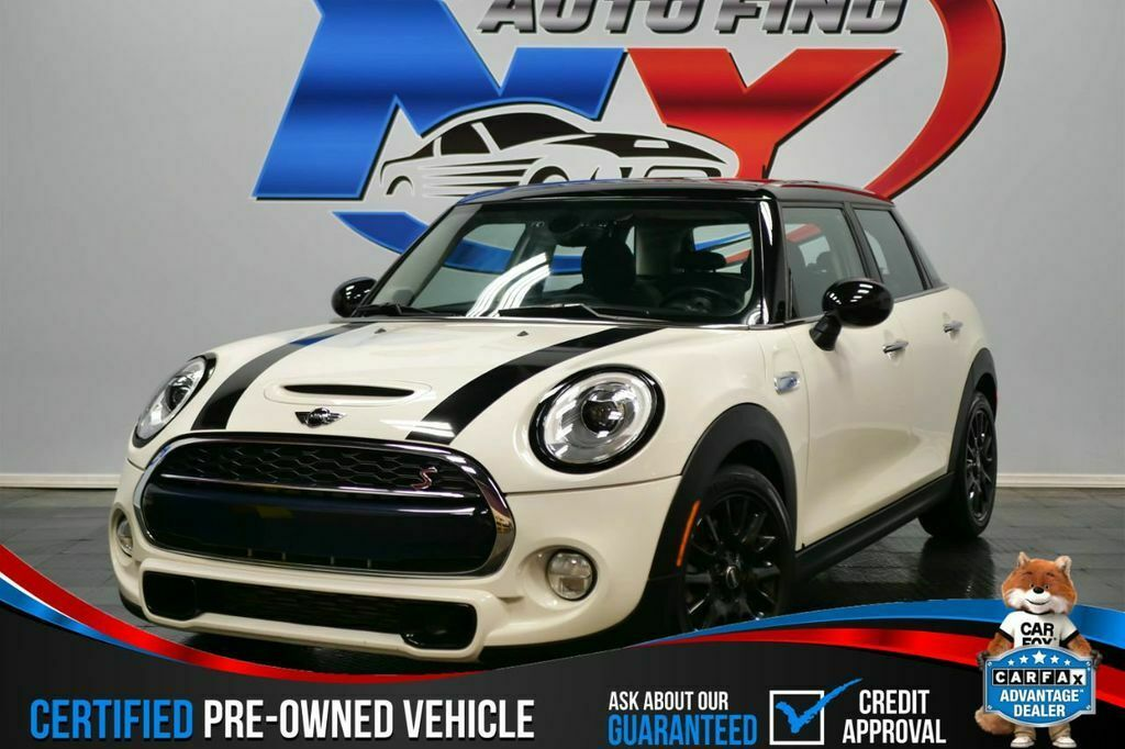 2017 MINI Cooper S ONE OWNER, 6 SPEED MANUAL, PANORAMIC SUNROOF, HEAT