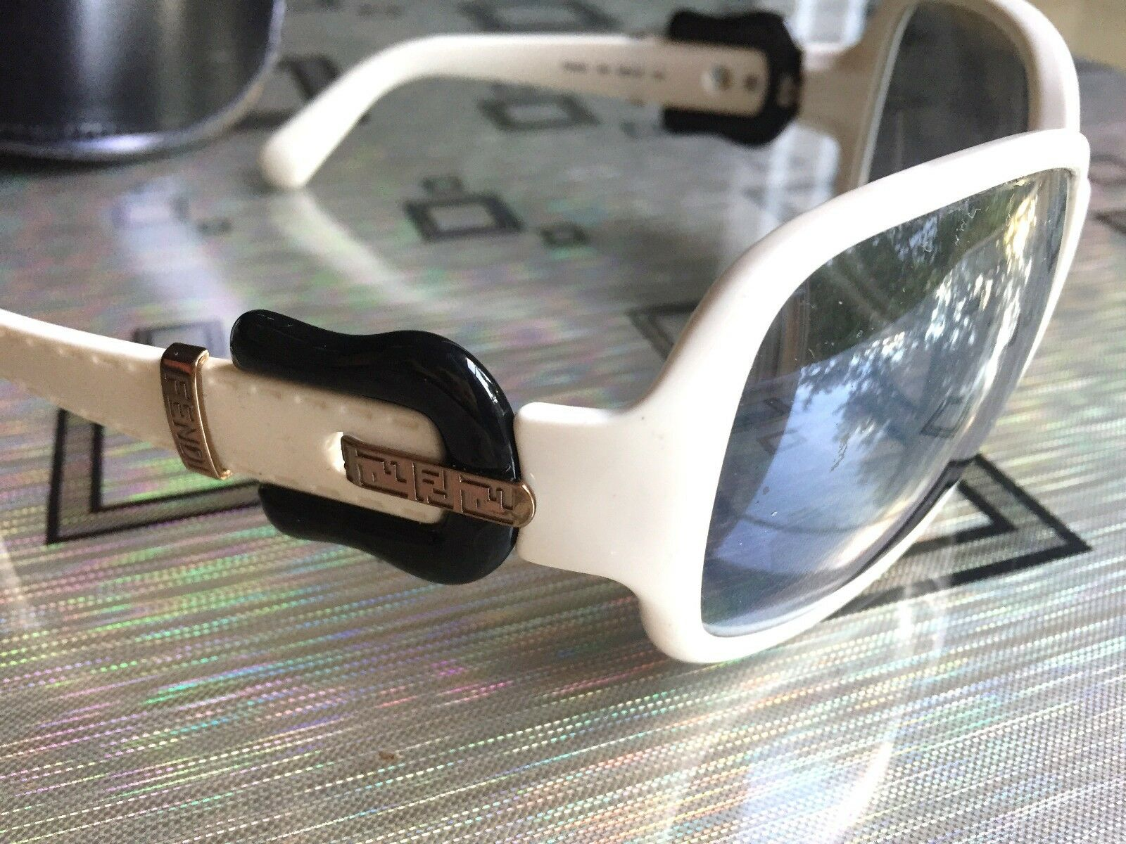 99c2b2fc13 Hondrocream ist die Schnellste Fendi Fendi Fendi FS 384 5 Sunglasses  Sonnenbrille in Weiß Weiss 698ea8