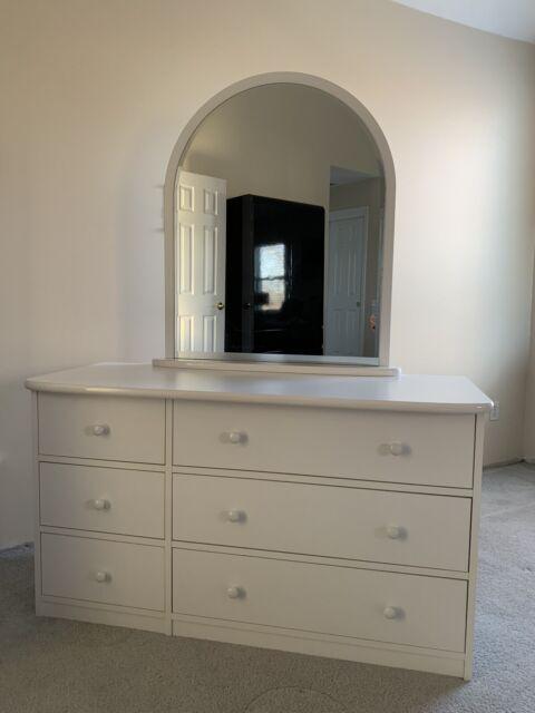 Berg Furniture 6 Drawer Double Dresser