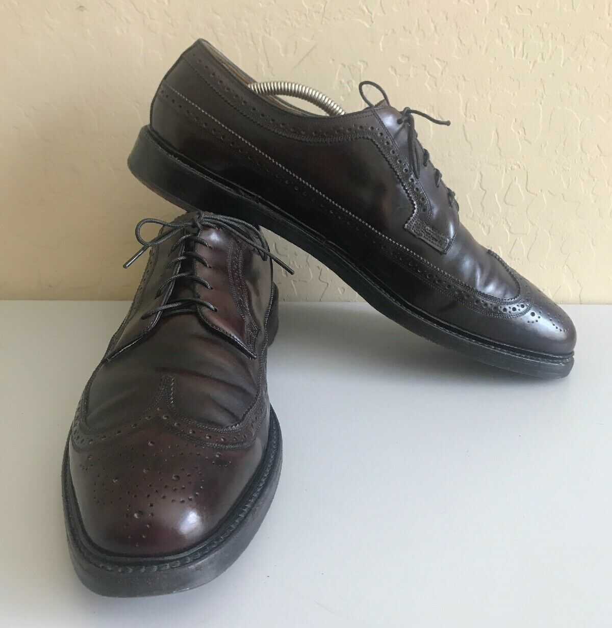 FLORSHEIM IMPERIAL Kenmoor 93605 Shell Cordovan Wingtip 5-Nail V-Cleat Size 13 B