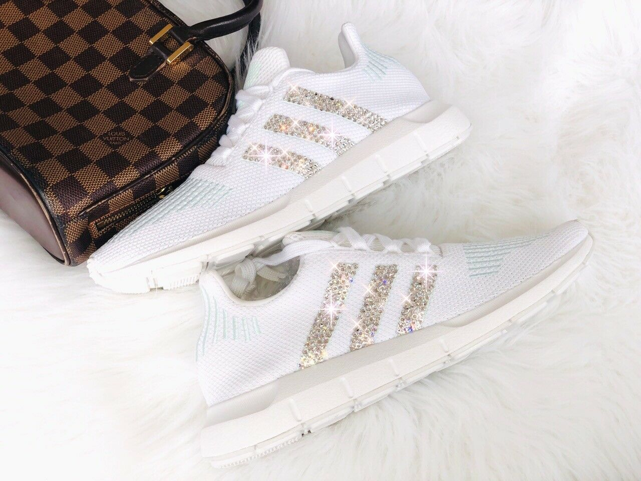 fee024e87 Adidas Originals Swift Run white mint mit Swarovski Swarovski Swarovski  Elements Luxus Sneaker NMD c37d80