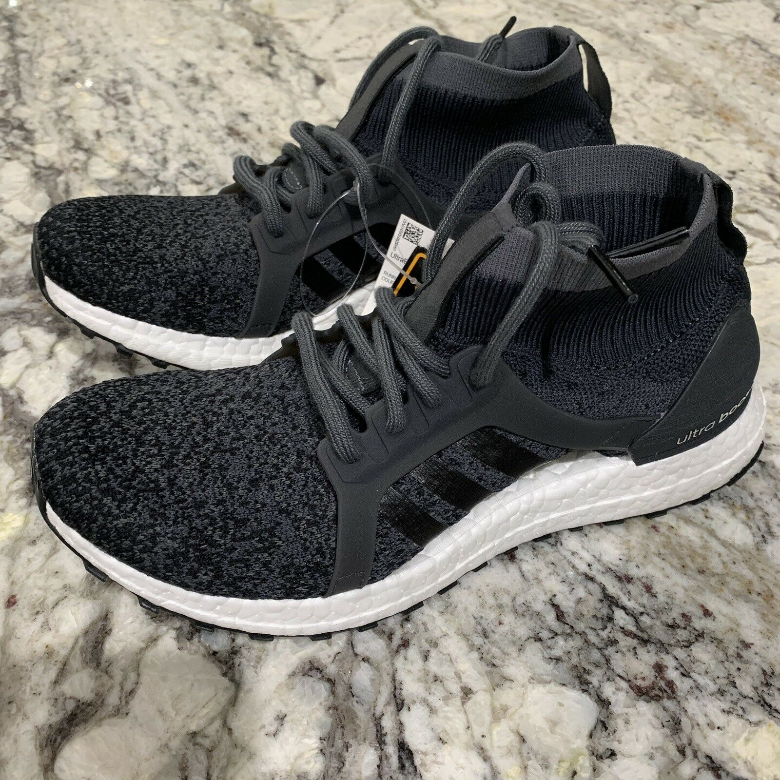 Adidas Women's Ultra Boost X All Terrain Size 7 Running shoes Carbon BY8925