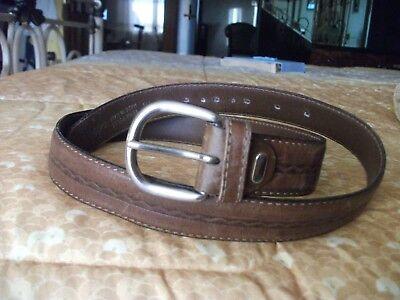 Inventivo Cintura Cuoio Vintage Per Produrre Un Effetto Verso Una Visione Chiara