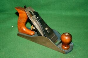 GOOD-CLEAN-USER-Vintage-Woodworking-Smooth-Bench-Plane-Inv-WH09