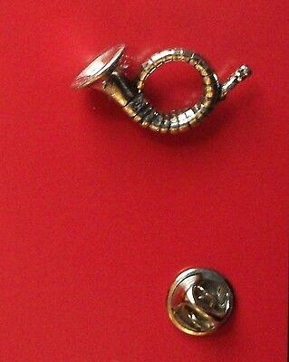 English Pewter HUNTING HORN Pin Badge Tie Pin / Lapel Badge  C22