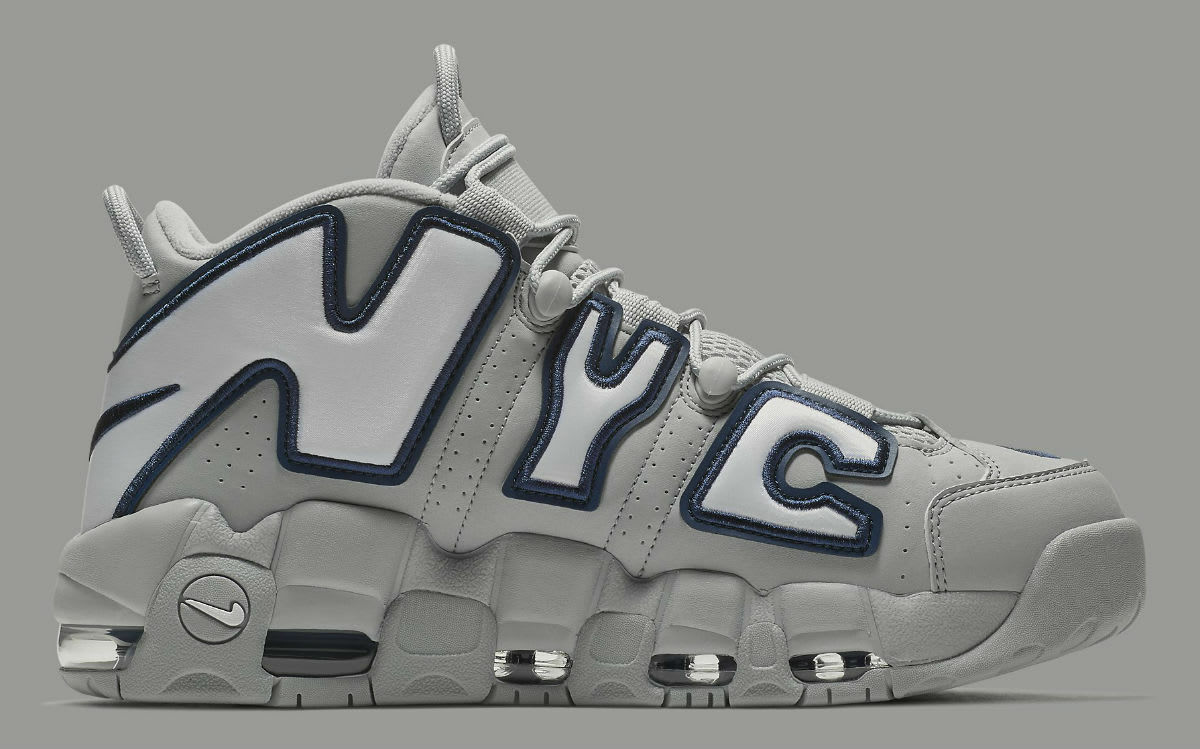 Nike Air More Uptempo NYC Yankees Size 11.5. AJ3137-001 Jordan Pippen