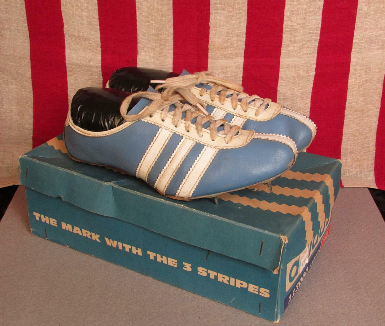 Vintage Adidas Avanti cuir Track chaussures Spikes Taille 7 with Box bleu blanc Nice