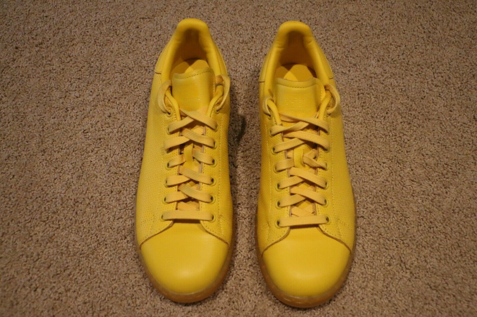 ADIDAS STAN SMITH ORIGINAL TENNIS SHOE 9.5 YELLOW NEW